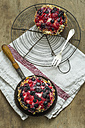 Two short crust tartlets with berries and custard - ODF001402