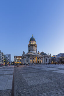 Germany, Berlin, German cathedral at Gendarmenmarkt in the evening - PVCF000860