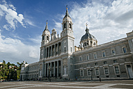 Spain, Madrid, Almudena Cathedral - KIJF000501