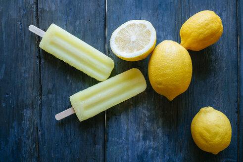 Lemon Snow Ice Cream with lemons - KIJF000509