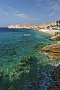 Croatia, Dubrovnik, Old town and beach - GFF000654