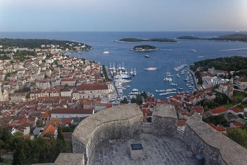 Croatia, Hvar Island, Hvar and harbour - GFF000692