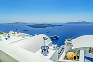Greece, Santorini, Fira, roofs of houses in front of Caldera - THAF001707