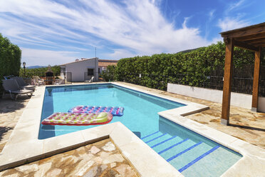 Spain, Andalucia, Finca and swimming pool with airbeds - SMAF000524