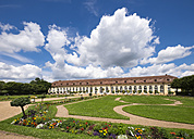 Germany, Bavaria, Middle Franconia, Orangerie in Court Garden - SIE007084