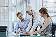 Business people in a meeting - RORF000220