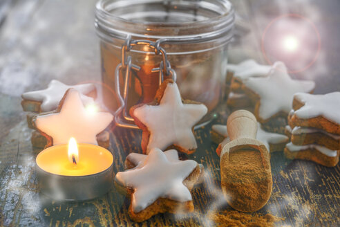 Cinnamon stars, tea light and cinnamon powder - ODF001448