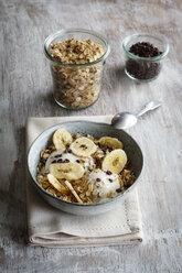 Banana icecream with oat flakes, topping, nicecream - EVGF003051