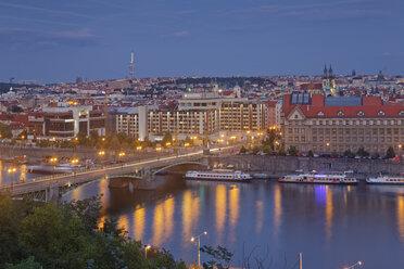 Czech Republic, Prague, Vlatva river and Cechuv most bridge - GF000721