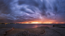 Australia, New South Wales, Maroubra, coast at sunset - GOAF000014
