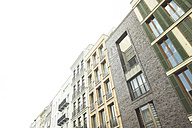 Germany, Berlin, row of modern town houses - CMF000546