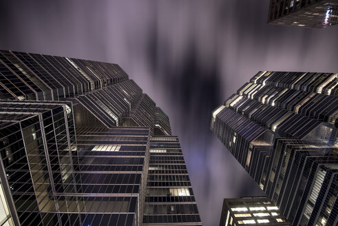 Canada, Ontario, Toronto, financial district, modern bank buildings, moving clouds, angle view - FC001040
