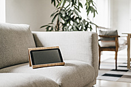 Rack with tablet on couch - KNSF000323