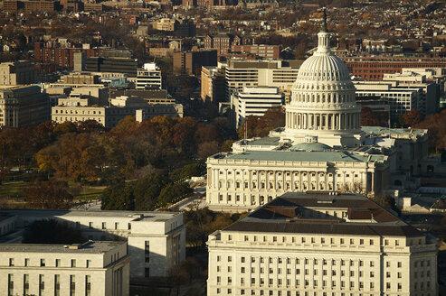 USA, Washington, Capitol in the evening light - BCDF000002