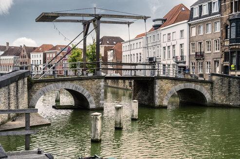 Belgium, Flanders, Bruges, old drawbridge - FRF000459