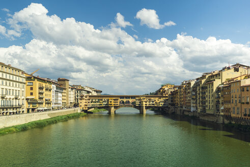 Italy, Florence, view to Ponte Vecchio - OPF000122