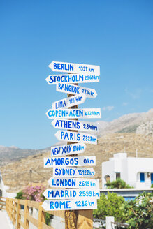 Greece, Amorgos, sign posts, cities and distances - GEMF001000