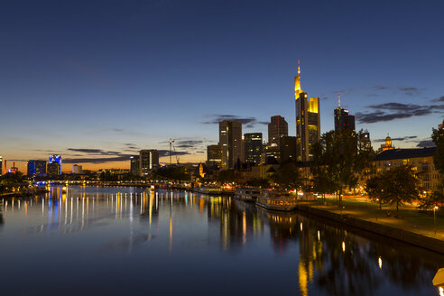 Germany, Hesse, Frankfurt, financial district in the evening - MABF000390