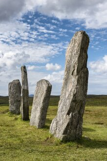 UK, Scotland, Isle of Lewis, Callanish, view to standing stones - ELF001783