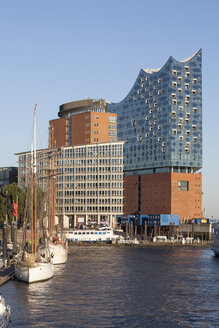 Germany, Hamburg, view to Kehrwiederspitze and Elbphilharmonie at Hafencity - WIF003360