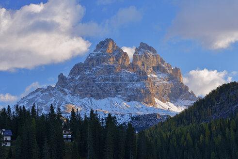 Italy, Dolomites, Tre Cime di Lavaredo at morning light - RUEF001751