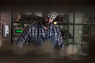 Butcher in butchery - ZEF010288