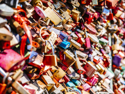 Love locks - KRP01822
