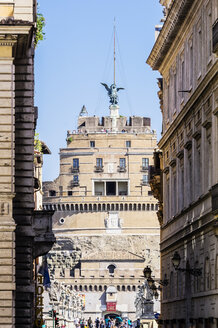 Italy, Rome, view to Castel Sant' Angelo - THA01743