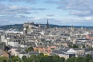 United Kingdom, Scotland, Edinburgh, Old town with Edinburgh Castle - ELF01808