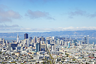 USA, California, San Francisco, view from Twin Peaks on Financial District and San Francisco Bay - BRF01409