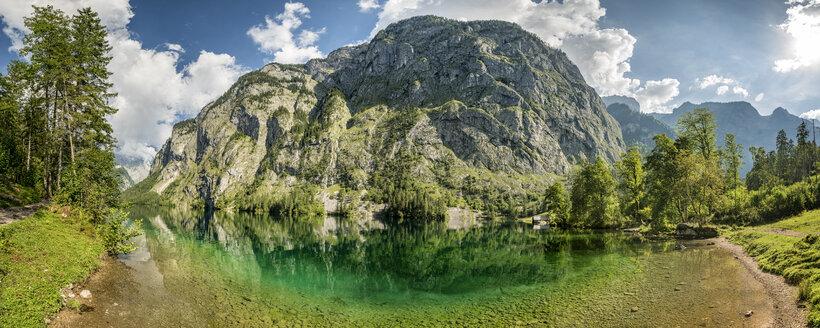 Germany, Bavaria, lake Obersee - STSF01086
