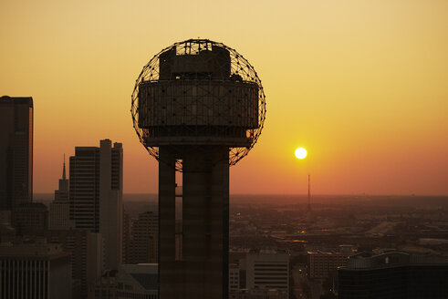 USA, Texas, Dallas, Aerial photograph of the Reunion Tower at sunrise - BCDF00060