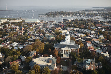 USA, Maryland, Aerial photograph of the State House and Capital in Annapolis - BCDF00129