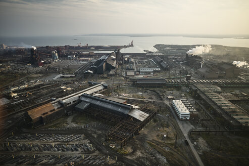 USA, Maryland, Aerial photograph of the old Sparrows Point steel mill in Baltimore - BCDF00132