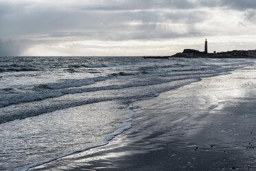 Denmark, Skagen, lighthouse at the beach - MJF02016