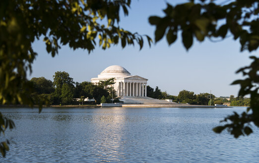 USA, Washington, D.C., Jefferson Memorial in the morning - STCF00243