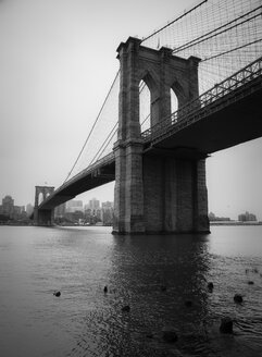 USA, New York City, Brooklyn Bridge - STCF00246