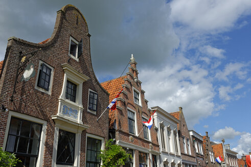 Netherlands, Edam Volendam, row of houses at Spuistraat - LBF01491