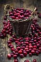 Cranberries in basket - LVF05369