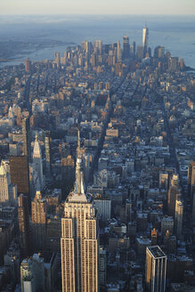 USA, New York State, New York City, Cityscape with Empire State building in the morning - BCDF00207