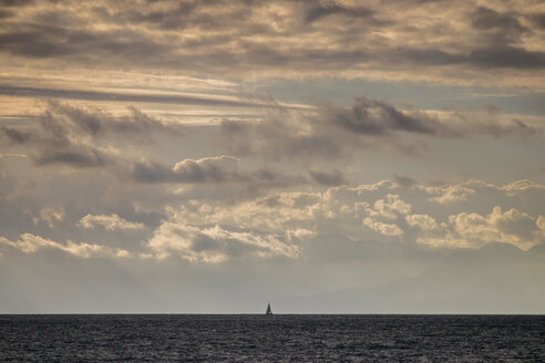 Tenerife, sea and sailing boat - SIPF00924