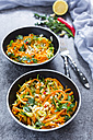 Garnished vegetable noodles in bowls - SARF03018