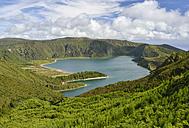 Portugal, Azores, Sao Miguel, Lagoa do Fogo - RJF00641