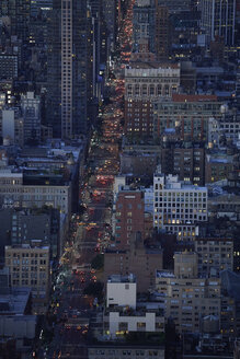 USA, New York City, Traffic on 6th Avenue in the evening - BCDF00228
