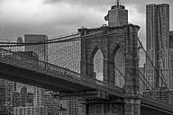 USA, New York City, Brooklyn Bridge - ZEF11097