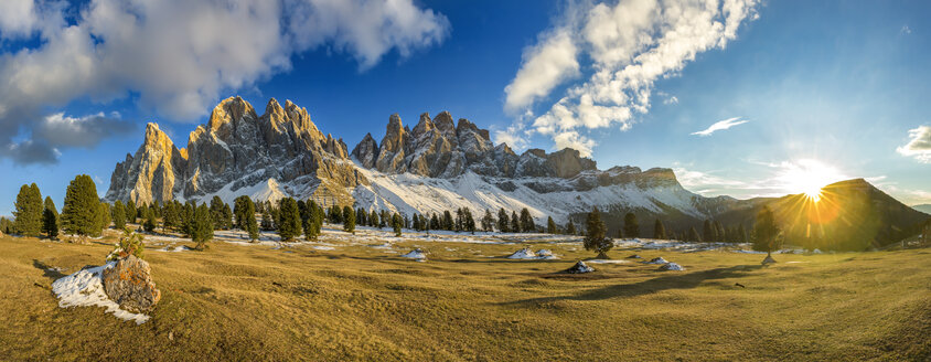 Italy, South Tyrol, Geisler group at sunset - YRF00130