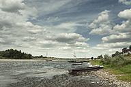 France, Chaumont-sur-Loire, boats at shore of Loire - DWIF00805
