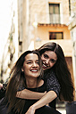 Portrait of two happy best friends - EBSF01876