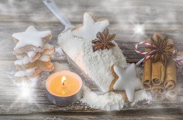 Cinnamon stars, tea light, flour and spices - ODF01458