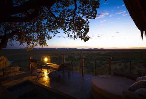 Nambia, Sunrise at Etosha National Park - MPA00089